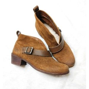 Ugg Wright Belted Suede Ankle Boots in Chestnut